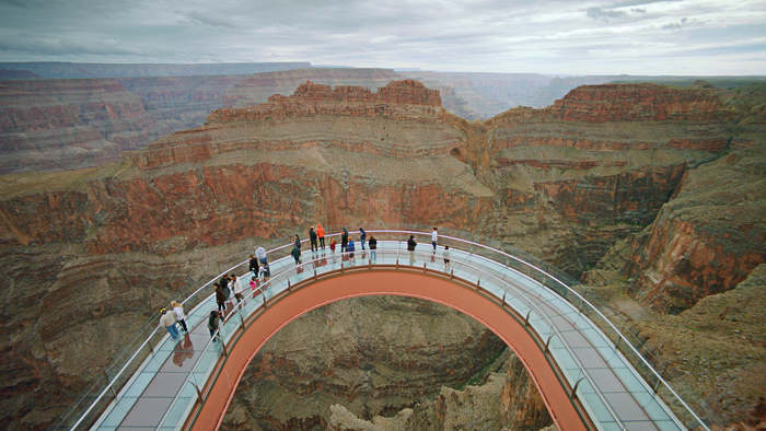 airplanes_grand_canyon_skywalk_wide_4k